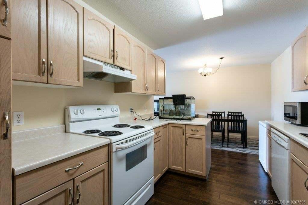 Condo for sale at 3160 Casorso Rd Unit 305 Kelowna British Columbia - MLS: 10207595