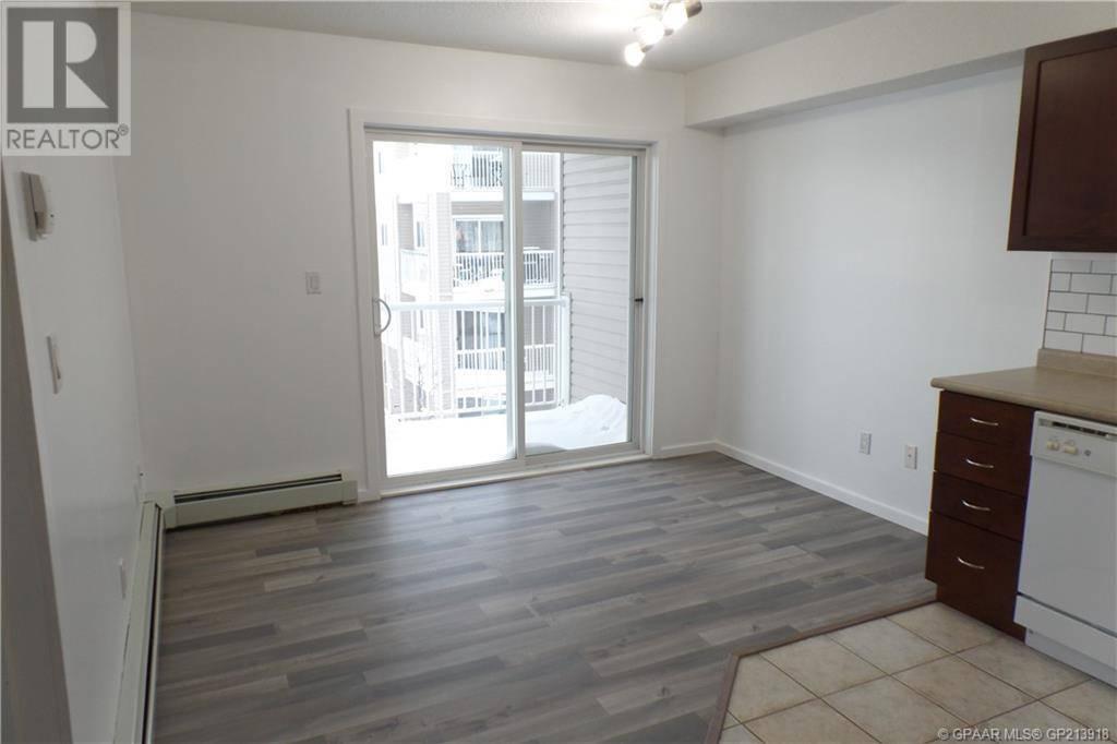 Condo for sale at 11220 104 Ave Unit 305 Grande Prairie Alberta - MLS: GP213918
