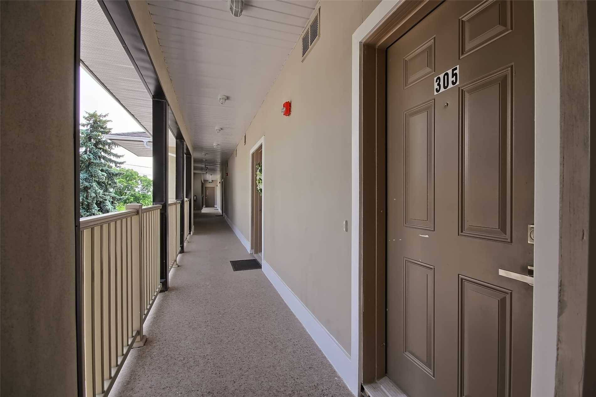 Condo for sale at 128 Barrie St Unit 305 Bradford West Gwillimbury Ontario - MLS: N4408808