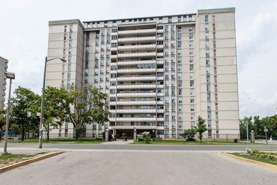 130 Neptune Condos Condos: 130 Neptune Drive, Toronto, ON