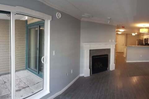 Condo for sale at 15210 Pacific Ave Unit 305 White Rock British Columbia - MLS: R2471341