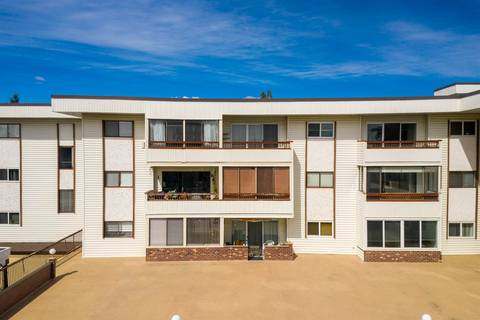 Condo for sale at 2211 Clearbrook Rd Unit 305 Abbotsford British Columbia - MLS: R2359547