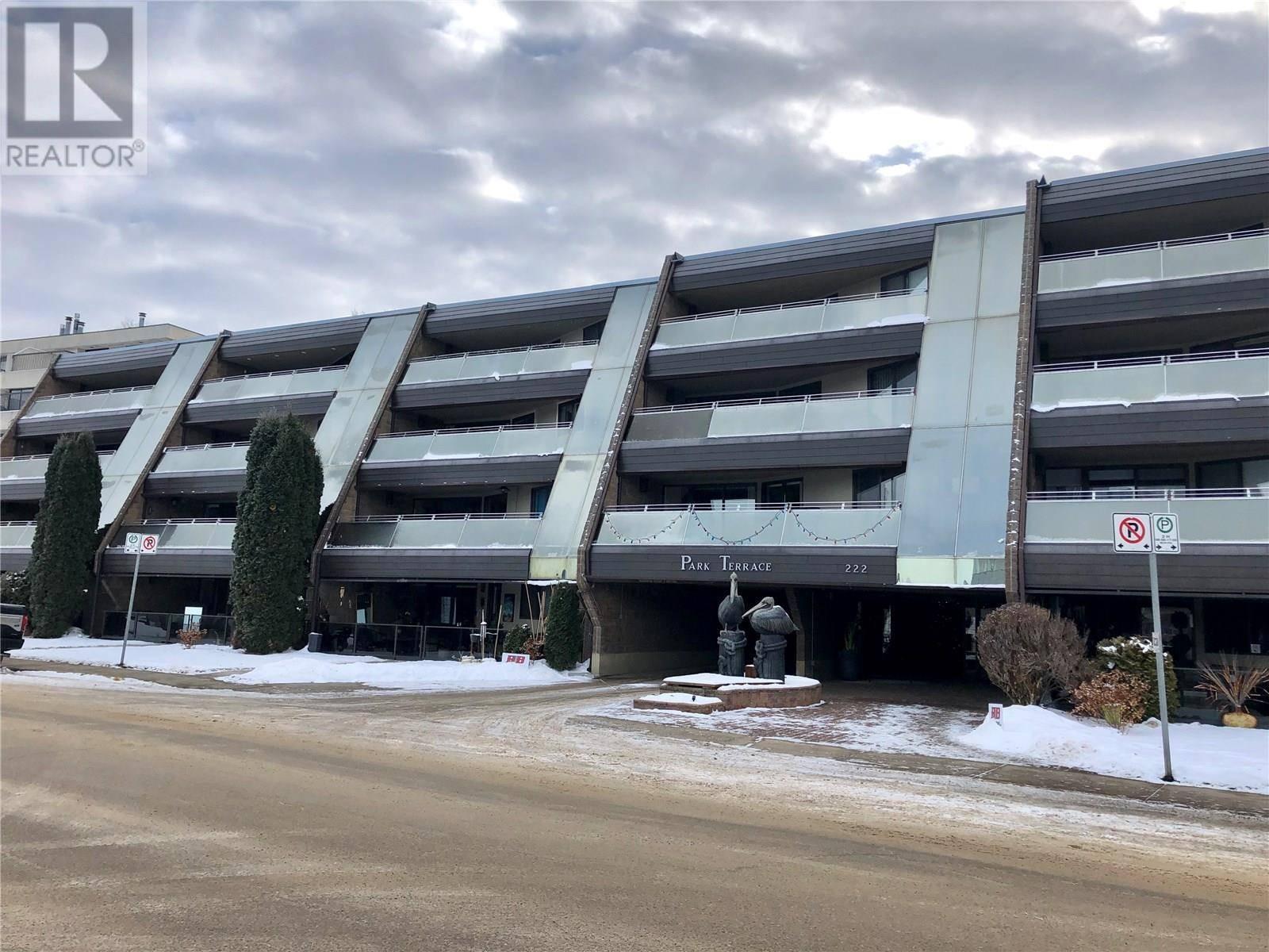 Condo for sale at 222 Saskatchewan Cres E Unit 305 Saskatoon Saskatchewan - MLS: SK793867