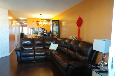 Condo for sale at 2388 Kingsway  Unit 305 Vancouver British Columbia - MLS: R2507743