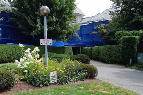 Condo for sale at 2700 Mccallum Rd Unit 305 Abbotsford British Columbia - MLS: R2479464