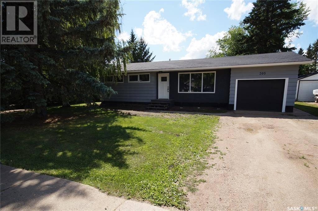 House for sale at 305 2nd St E Hepburn Saskatchewan - MLS: SK790684