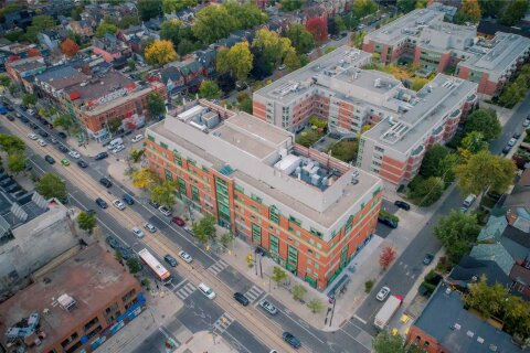 Commercial property for lease at 340 College St Apartment 305 Toronto Ontario - MLS: C4977309