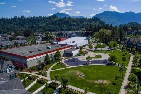 Condo for sale at 45530 Market Wy Unit 305 Chilliwack British Columbia - MLS: R2450646