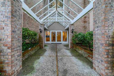 Condo for sale at 5350 Victory St Unit 305 Burnaby British Columbia - MLS: R2434060