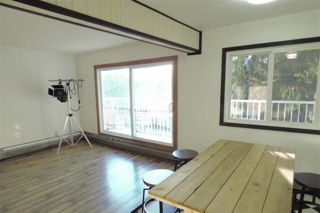 Condo for sale at 5730 Riverbend Rd NW Unit 305 Edmonton Alberta - MLS: E4198995