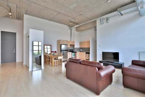 Apartment for rent at 637 Lake Shore Blvd Unit 305 Toronto Ontario - MLS: C4923801