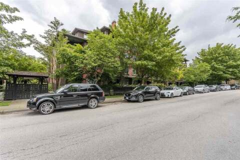 Condo for sale at 675 Park Cres Unit 305 New Westminster British Columbia - MLS: R2466184