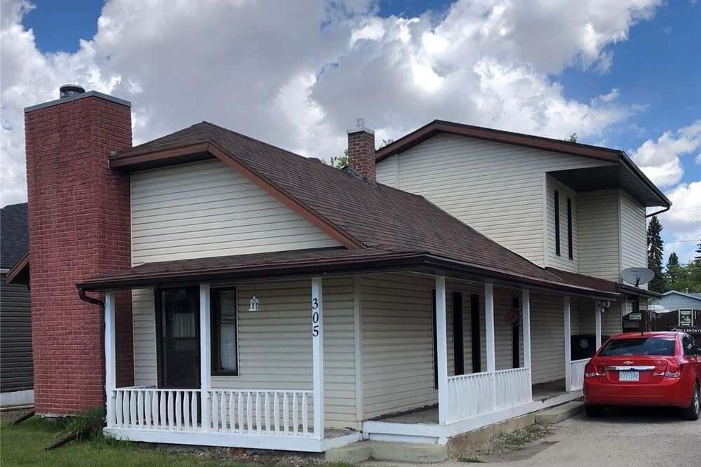 House for sale at 305 6th Ave W Biggar Saskatchewan - MLS: SK813008