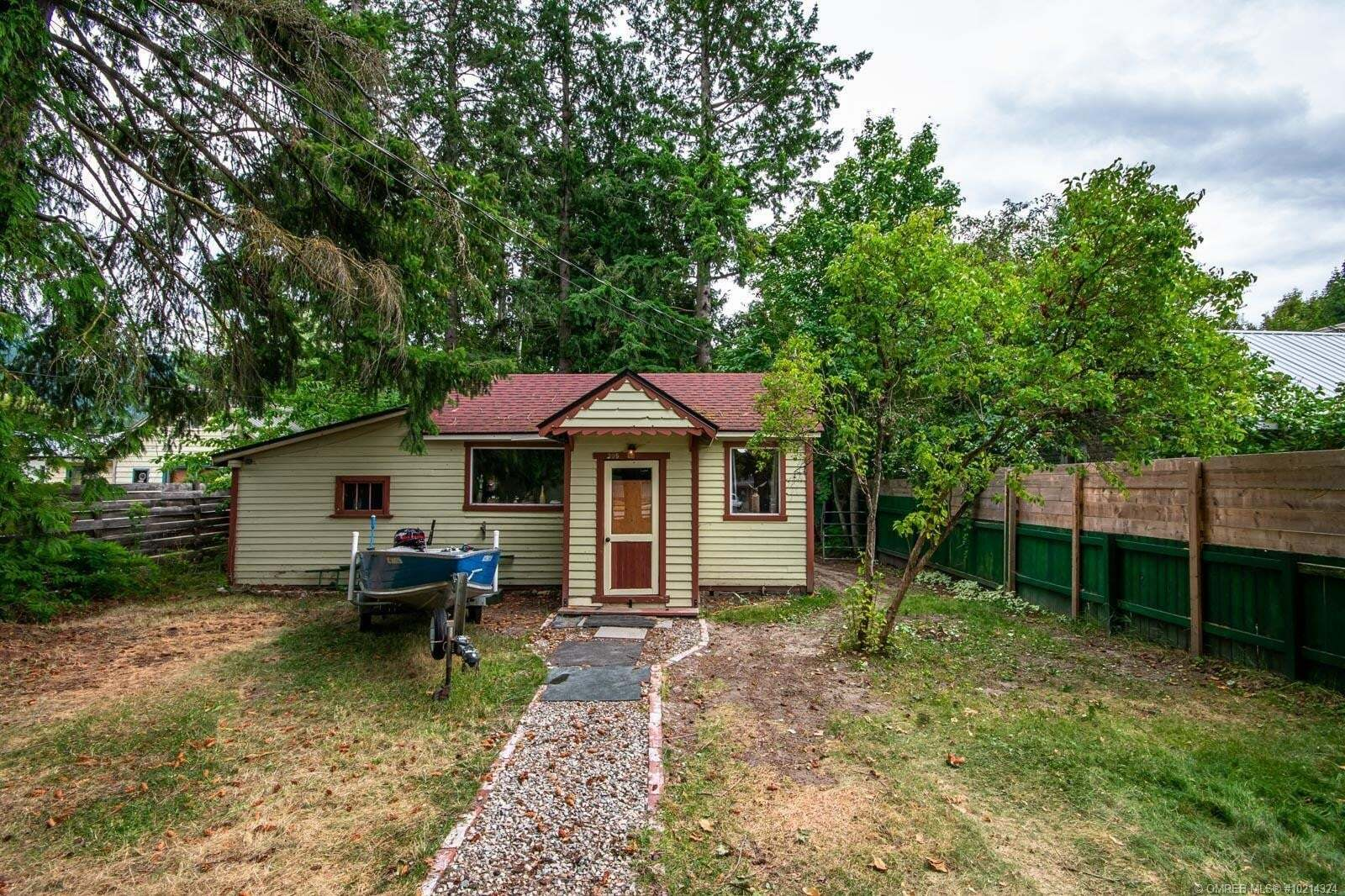 House for sale at 305 Finlayson St Sicamous British Columbia - MLS: 10214324