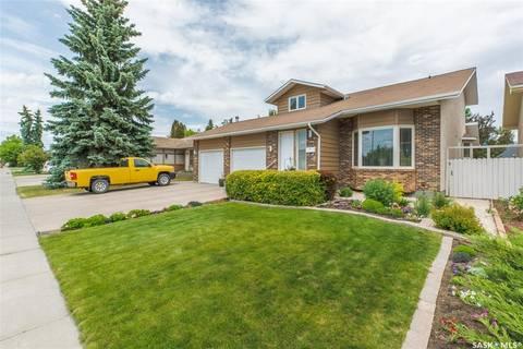 House for sale at 3051 Harding St Regina Saskatchewan - MLS: SK776777