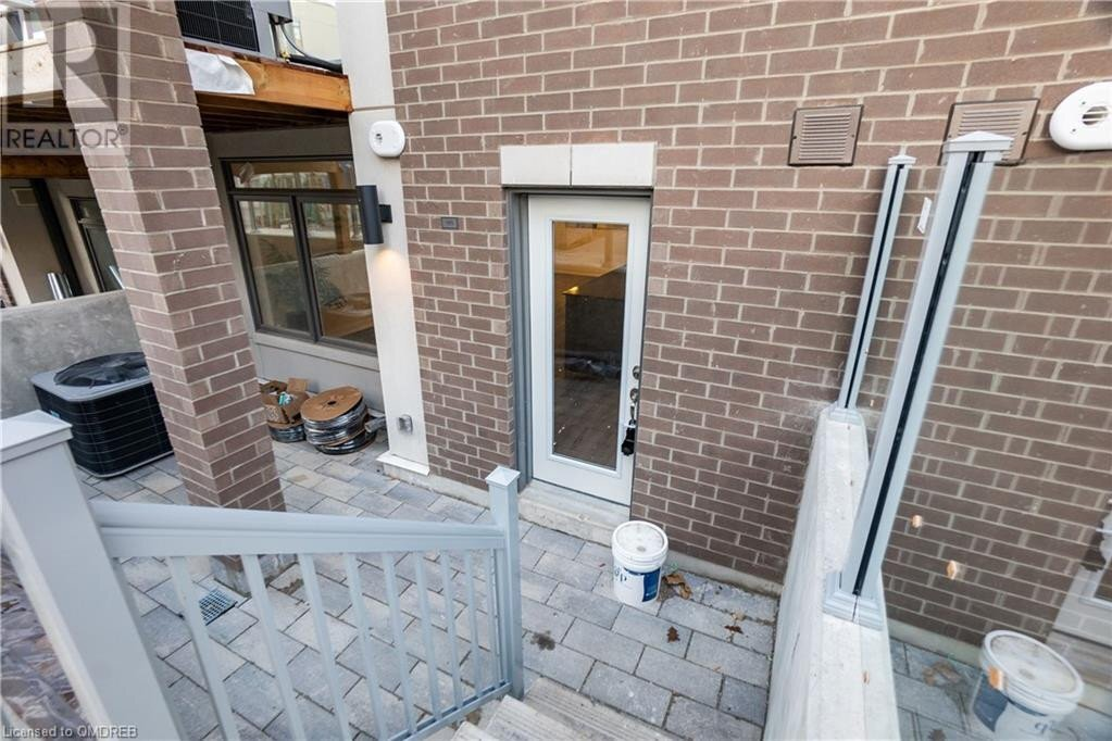Townhouse for sale at 3058 Sixth Line Oakville Ontario - MLS: 40039503