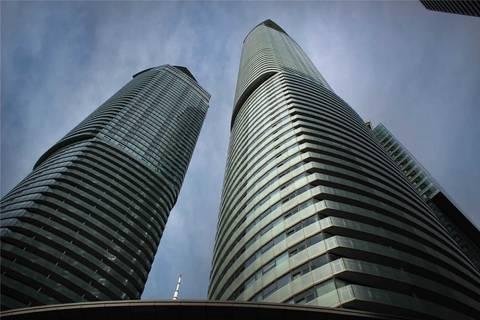 Apartment for rent at 12 York St Unit 306 Toronto Ontario - MLS: C4650367
