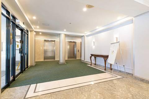 Apartment for rent at 120 Promenade Circ Unit 306 Vaughan Ontario - MLS: N4673739