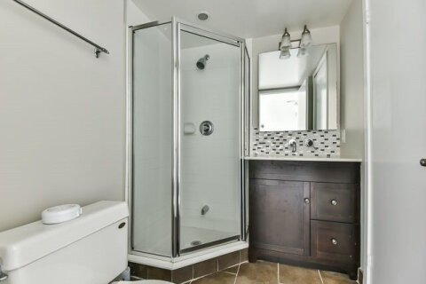 Apartment for rent at 15 Fort York Blvd Unit 306 Toronto Ontario - MLS: C4973196