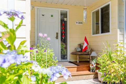 Townhouse for sale at 1585 Field Rd Unit 306 Sechelt British Columbia - MLS: R2453016