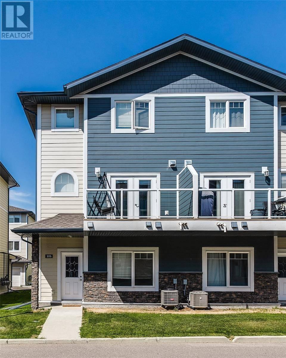 Townhouse for sale at 212 Willis Cres Unit 306 Saskatoon Saskatchewan - MLS: SK782453