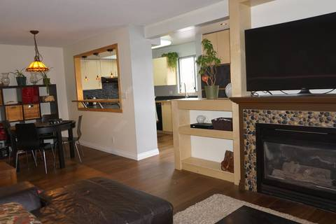 Condo for sale at 223 Mountain Hy Unit 306 North Vancouver British Columbia - MLS: R2448157