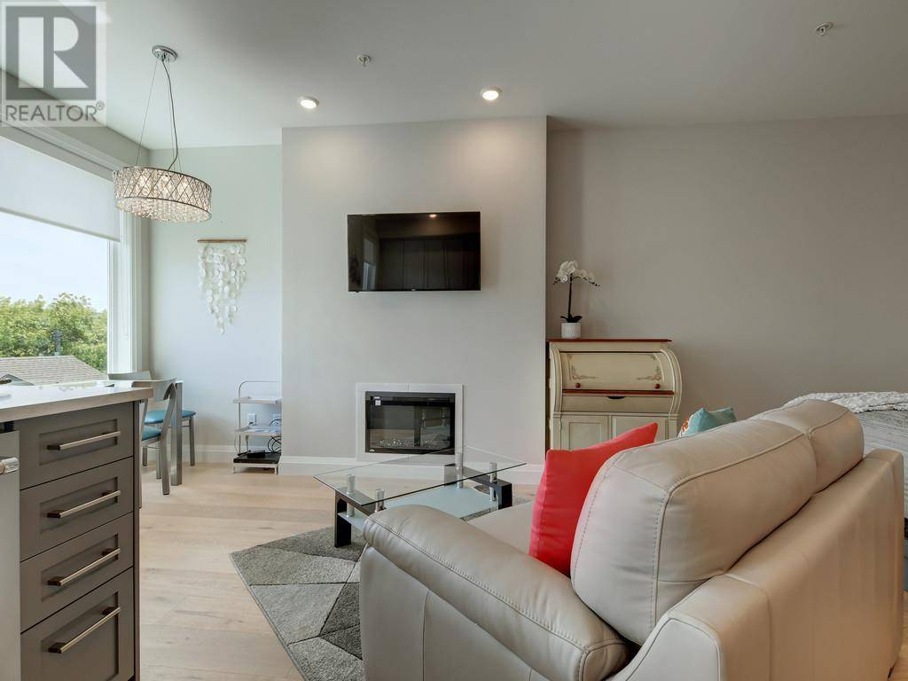 Condo for sale at 2475 Mt. Baker Ave Unit 306 Sidney British Columbia - MLS: 411932