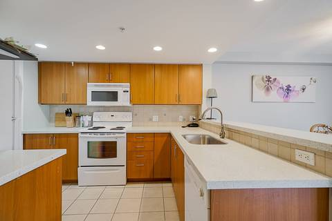 Condo for sale at 295 Guildford Wy Unit 306 Port Moody British Columbia - MLS: R2445483