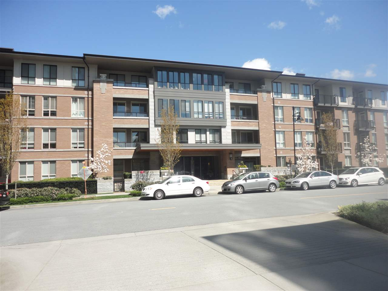 Sold: 306 - 3107 Windsor Gate, Coquitlam, BC