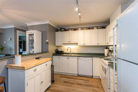 Condo for sale at 33718 King Rd Unit 306 Abbotsford British Columbia - MLS: R2447601