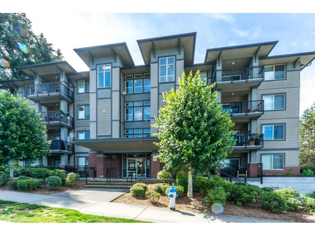 Buliding: 33898 Pine Street, Abbotsford, BC