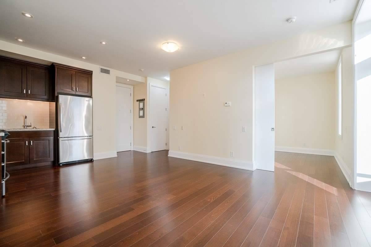 Apartment for rent at 385 Brunswick Ave Unit 306 Toronto Ontario - MLS: C4698572