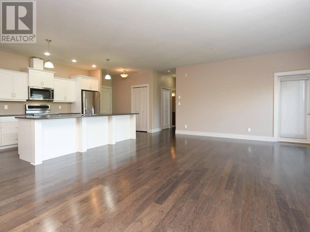 Condo for sale at 3915 Carey Rd Unit 306 Victoria British Columbia - MLS: 416038