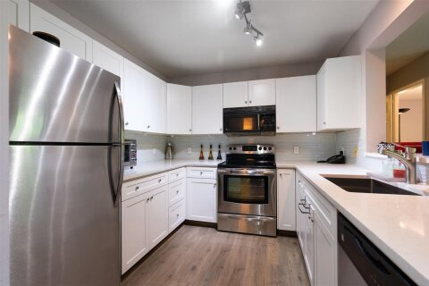 Condo for sale at 3970 Linwood St Unit 306 Burnaby British Columbia - MLS: R2504522