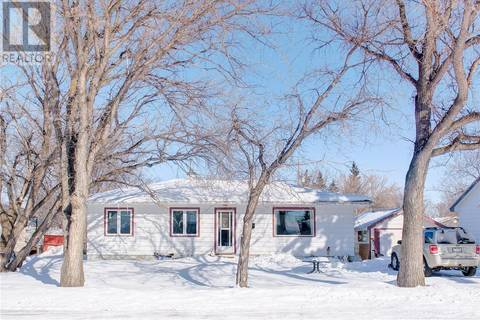 House for sale at 306 3rd St S Wakaw Saskatchewan - MLS: SK801462