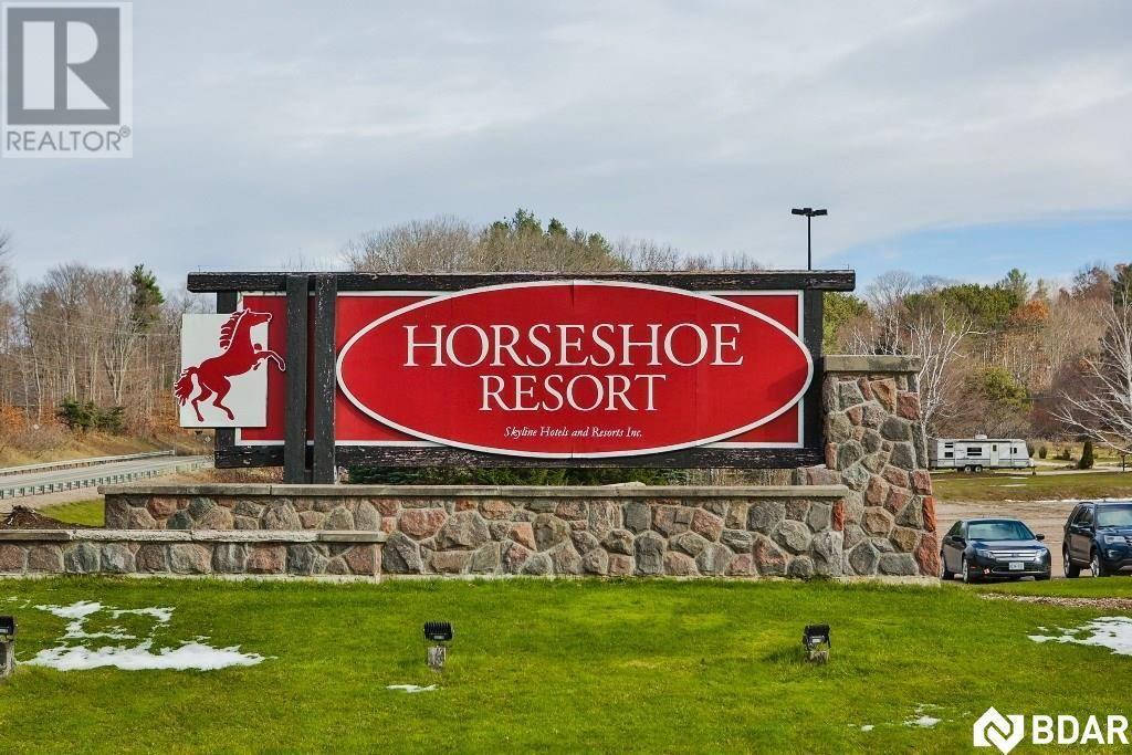 306 - 40 Horseshoe Boulevard, Oro-medonte | Image 1