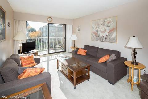 Condo for sale at 5127 Irving St Unit 306 Burnaby British Columbia - MLS: R2437710