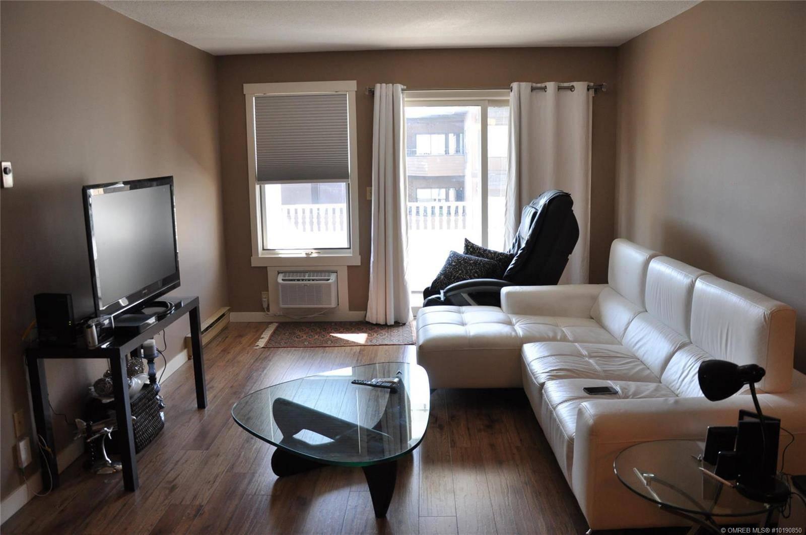 Condo for sale at 575 Sutherland Ave Unit 306 Kelowna British Columbia - MLS: 10190850