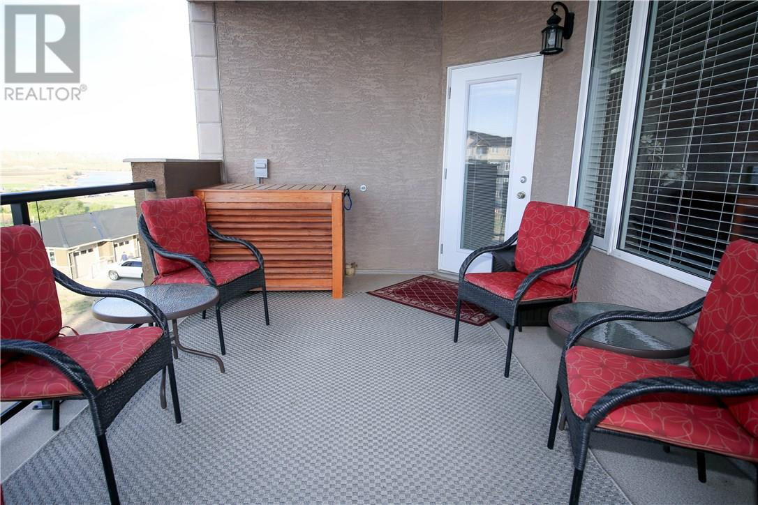 For Sale: 85 Terrace Drive Northeast, Medicine Hat, AB   2 Bed, 2 Bath Condo for $325,000. See 30 photos!