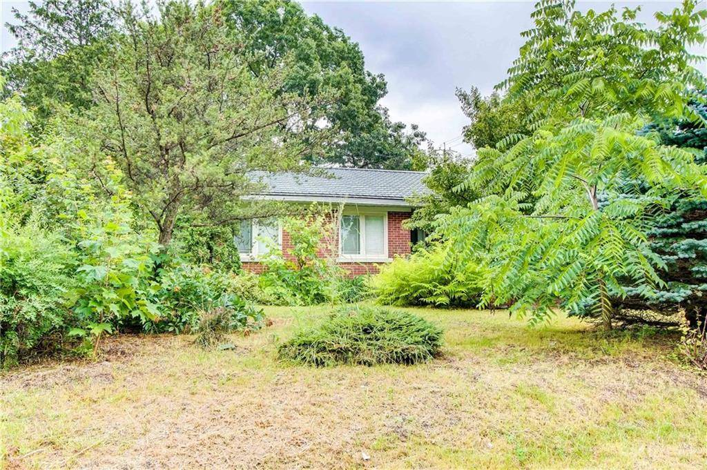 House for sale at 306 Crestview Rd Ottawa Ontario - MLS: 1164182