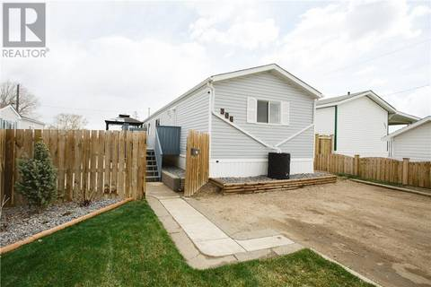 Residential property for sale at 306 Main St N Redcliff Alberta - MLS: mh0164255