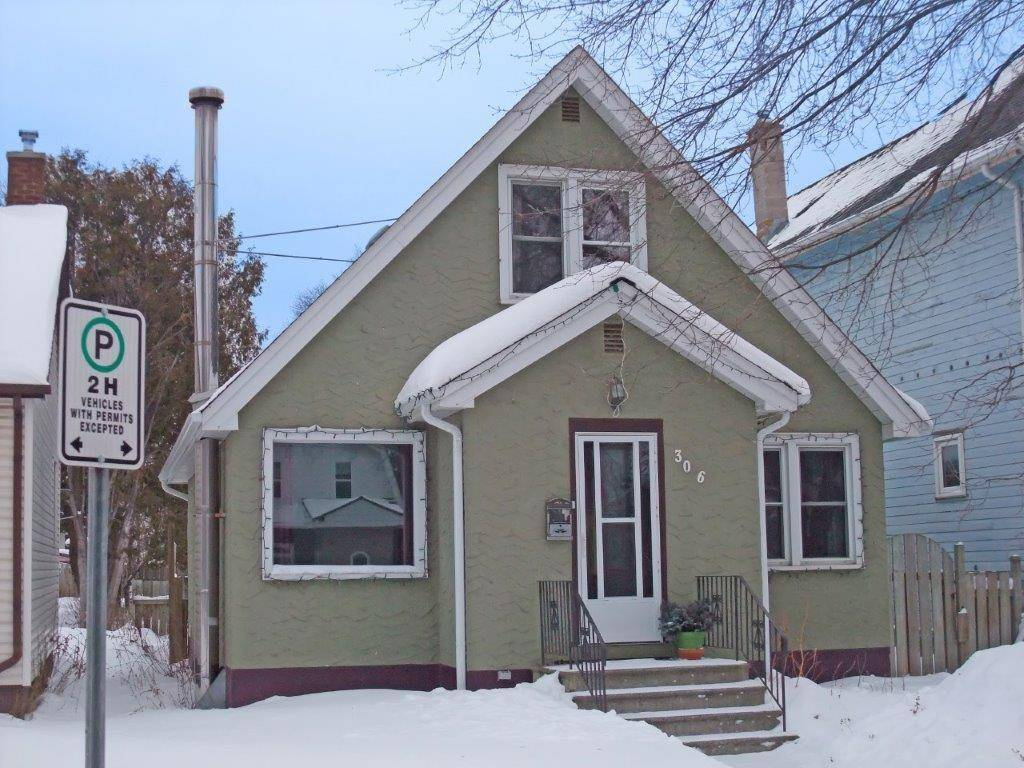 House for sale at 306 Marks St S Thunder Bay Ontario - MLS: TB192582