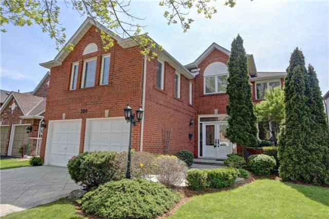 For Sale: 306 Northwood Drive, Oakville, ON | 4 Bed, 5 Bath House for $1,718,888. See 20 photos!
