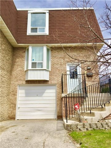 For Sale: 306 Royal Orchard Boulevard, Markham, ON | 3 Bed, 2 Bath Townhouse for $725,000. See 19 photos!