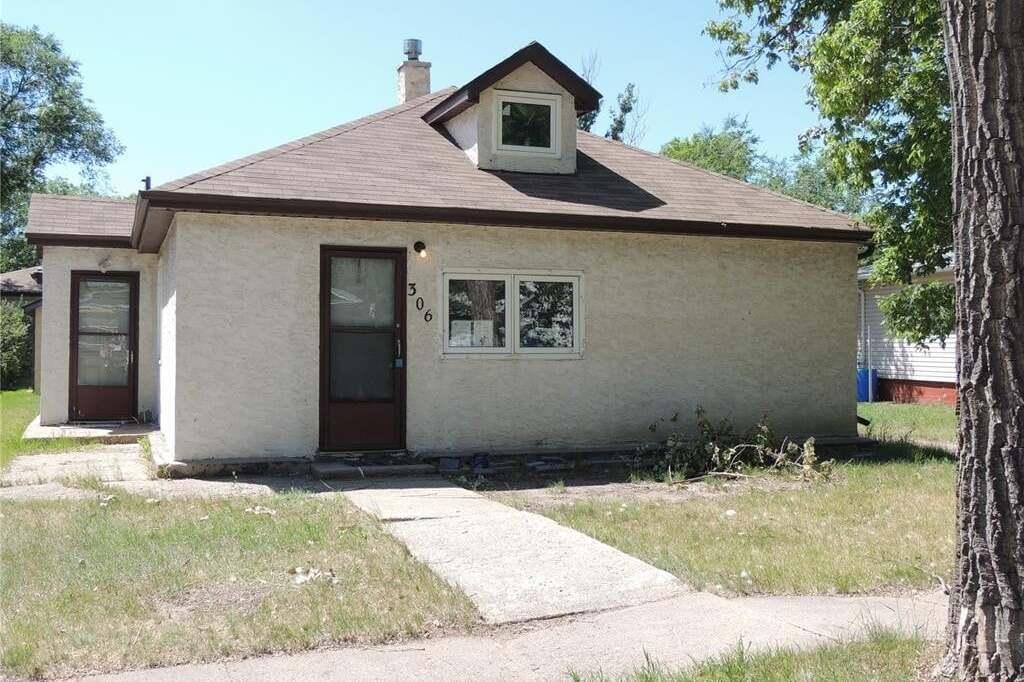 House for sale at 306 Taylor St Bienfait Saskatchewan - MLS: SK815474