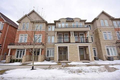 Townhouse for sale at 3060 Eberly Woods Dr Oakville Ontario - MLS: W4393181