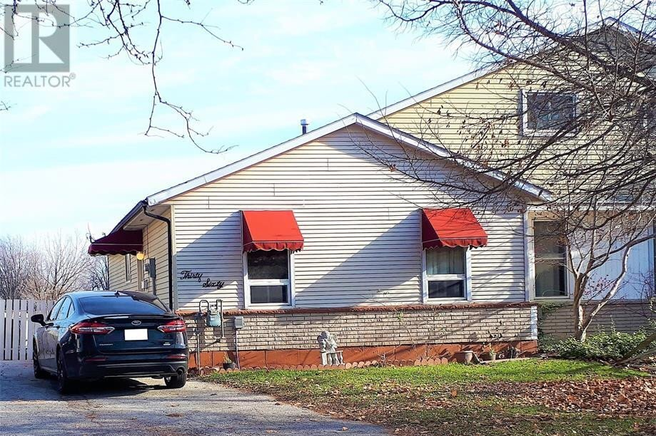 House for sale at 3060 Erindale  Windsor Ontario - MLS: 20014407