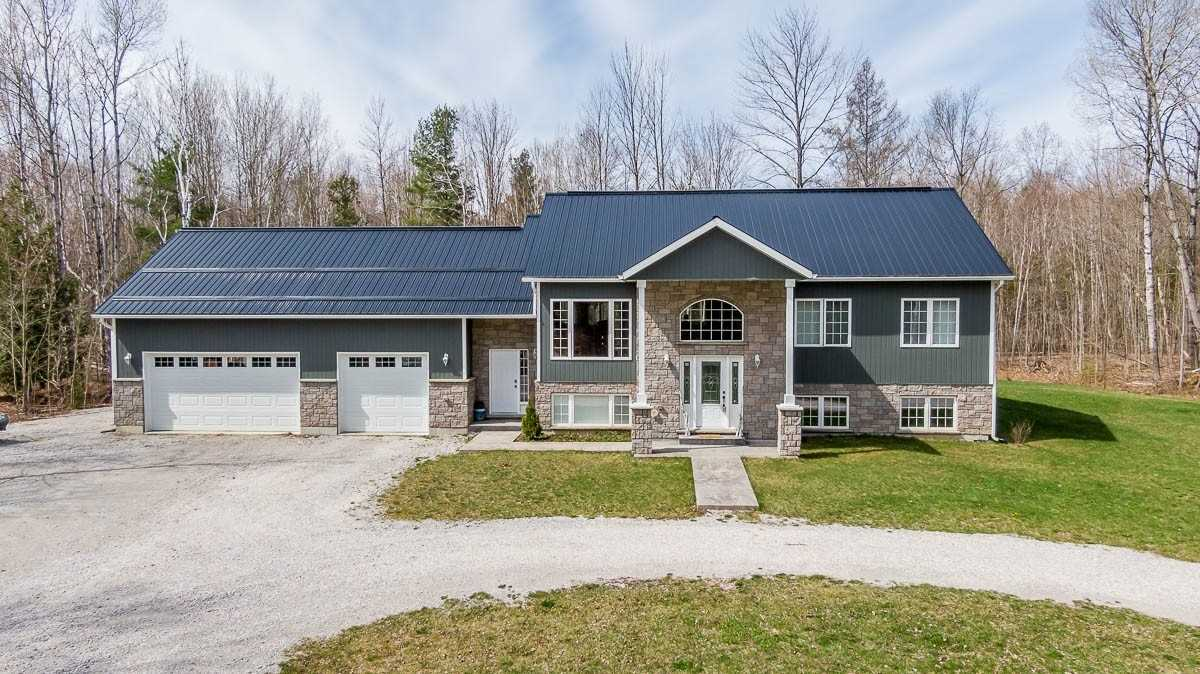 For Sale: 3060 New Brailey Line, Severn, ON | 3 Bed, 3 Bath House for $850000.00. See 27 photos!