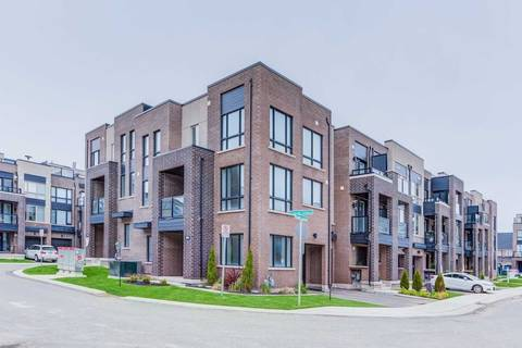 Townhouse for sale at 3063 Cascade Common  Oakville Ontario - MLS: W4454922