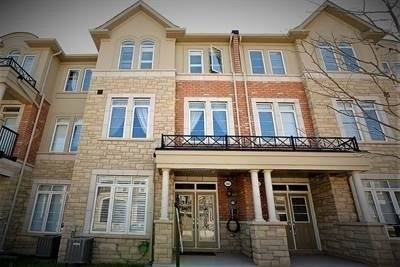 Townhouse for sale at 3064 Eberly Woods Dr Oakville Ontario - MLS: W4622219